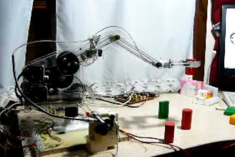 Brazo robot casero con motores paso a paso