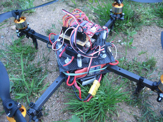 MapleCopter: Un quadcopter casero con Maple