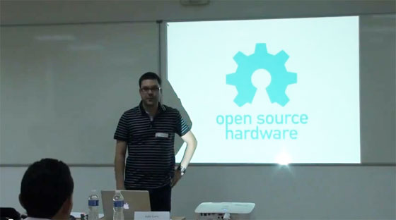 Castelao Barcamp 2012 - Open source hardware