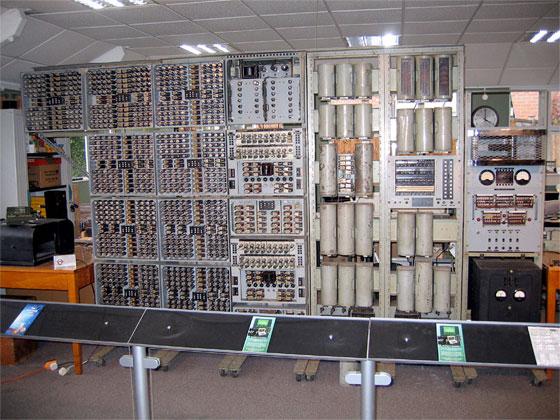Harwell Dekatron: El ordenador digital m�s antiguo