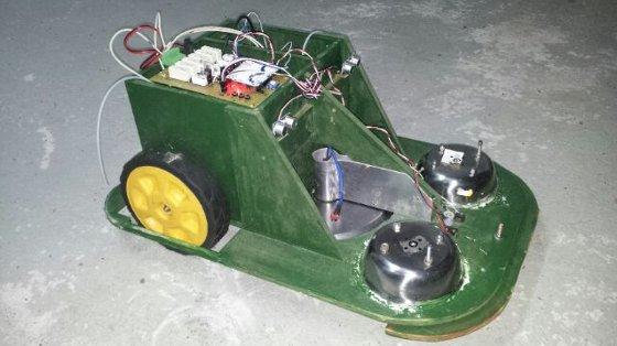 Cortacesped autom�tico controlado con Arduino