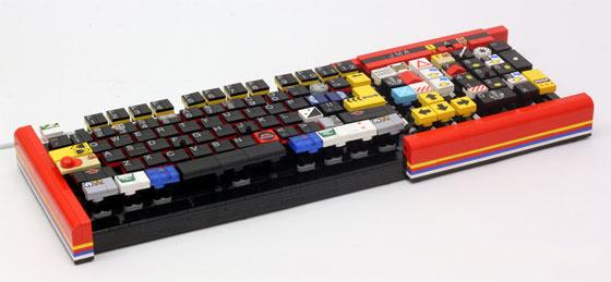 Teclado casero hecho con LEGO