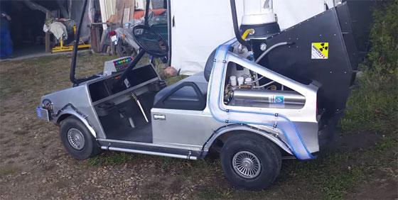 DeLorean casero con un coche de golf el�ctrico