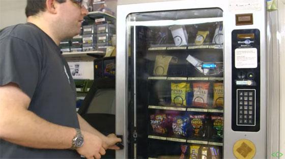 M�quina de Vending hackeada con RFID para un Hackerspace