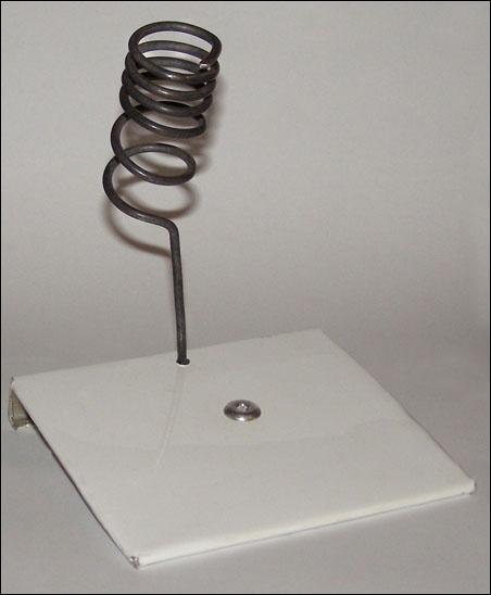 (DIY Iniciacion) Soporte casero para tu soldador de estaño