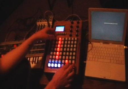 Secuenciador MIDI con botones LED RGB