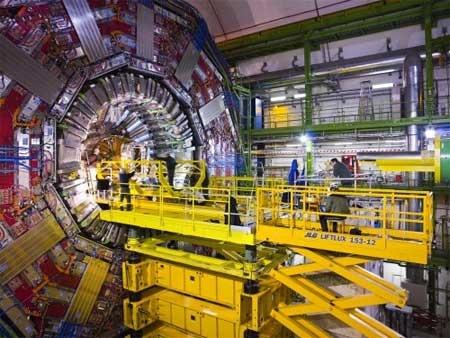 (Video) Visita guiada en el CERN - LHC y CMS