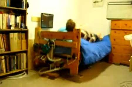 Cama despertador hidraulica para los más perezosos