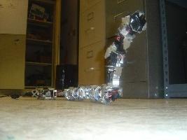 (Video) Serpiente robot modular que sube paredes