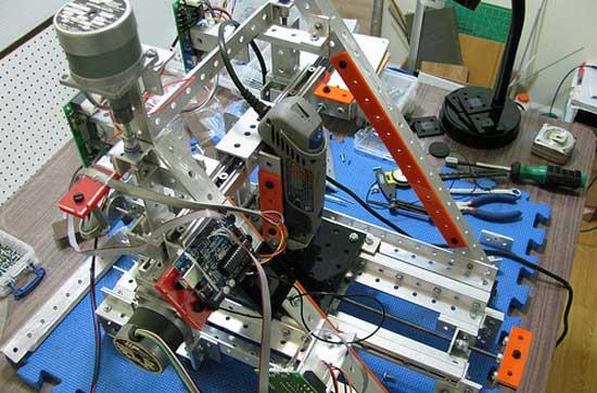 Contraptor CNC: Intérprete de G-Code para Arduino
