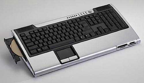 Commodore vuelve con PCs integrados en el teclado