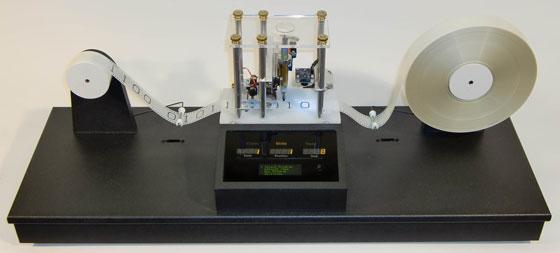 Robot cartesiano binario y programable