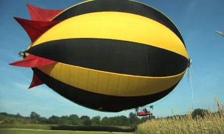 (Video) Zeppelin personal gigante