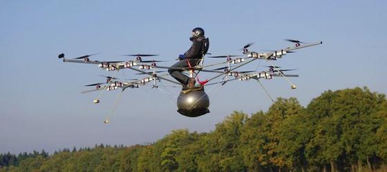 Primer vuelo de multicopter con piloto a bordo