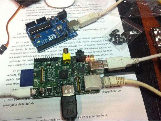 Control de servos con Raspberry Pi y Arduino