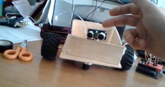 Robot Masaylo: Mide distancias por ultrasonidos con voz