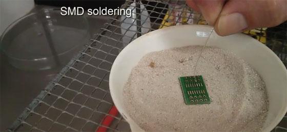 Soldando SMD sobre arena caliente