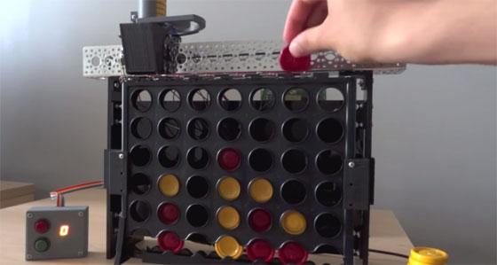 Un robot que juega contigo al Conecta 4