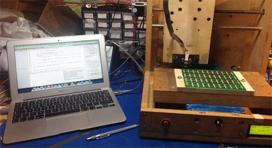 Programación automática de AVR con una CNC