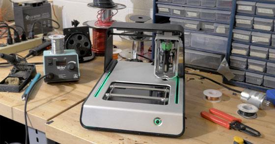 Voltera: Una máquina de prototipado rápido en tu escritorio