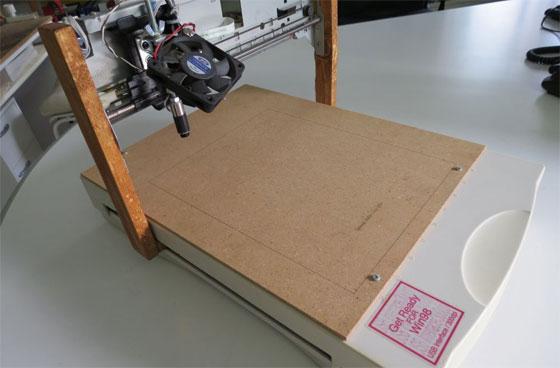 Cómo hacer una grabadora láser con un viejo escáner
