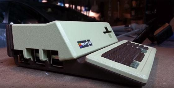 Réplica del Apple III con Raspberry Pi