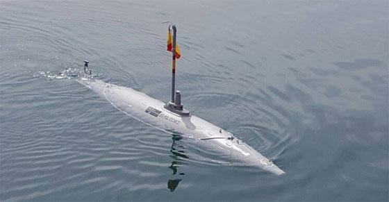 El submarino Peral del IES Politécnico de Cartagena navega de nuevo