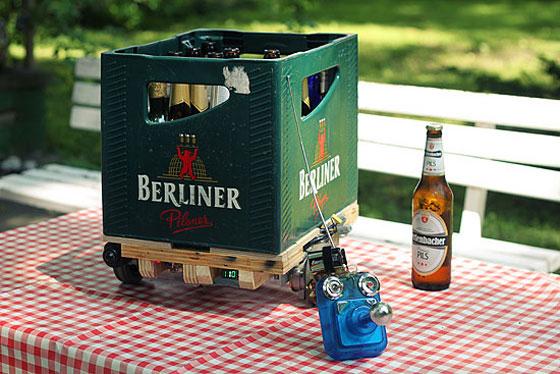 Robot porta cervezas con mando de radiocontrol