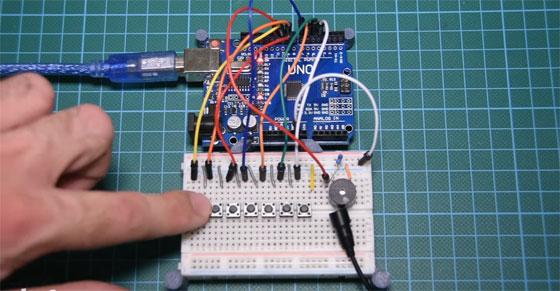 Vídeo Tutorial: Como hacer un piano con Arduino