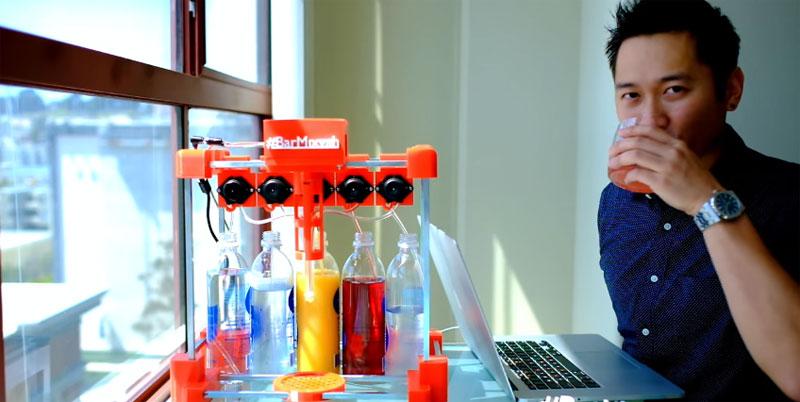 Máquina mezcladora de bebidas controlada con Arduino y AngularJS