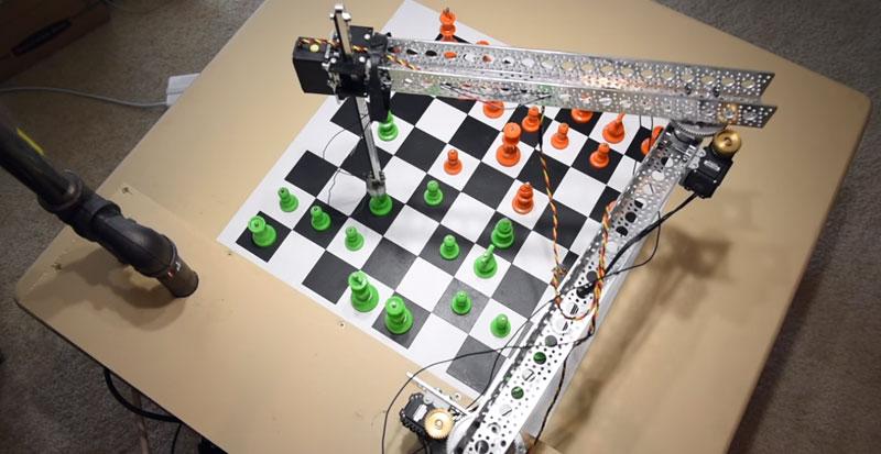Robot basado en Raspberry Pi que juega al ajedrez usando Machine Learning y OpenCV
