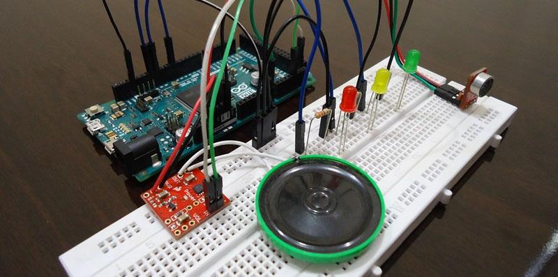 Reconocimiento y síntesis de voz con Arduino DUE