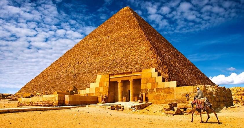 Encuentran una sala vacía desconocida en la gran pirámide de Giza