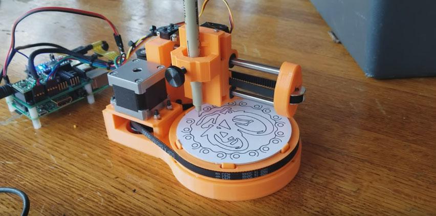 The Polar Coaster: Máquina con Arduino para dibujar en los posa vasos