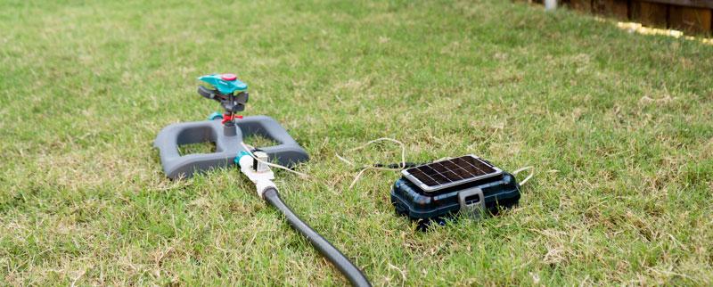 Riego automático IoT con alimentación solar