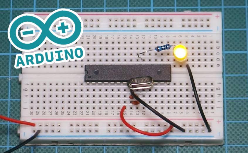 Cómo montar una Arduino minimalista sobre una placa de prototipo