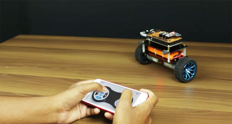 Cómo hacer un robot balanceador controlado con el móvil