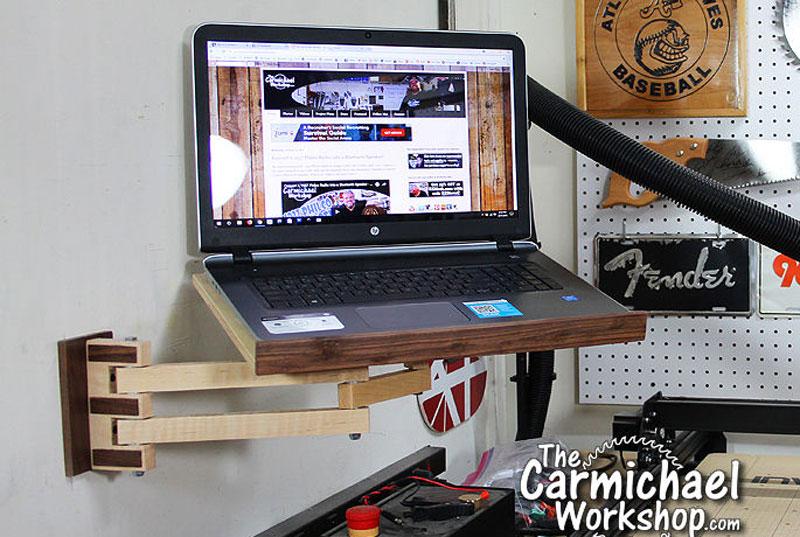 Cómo hacer un soporte de pared con brazo para tu portátil
