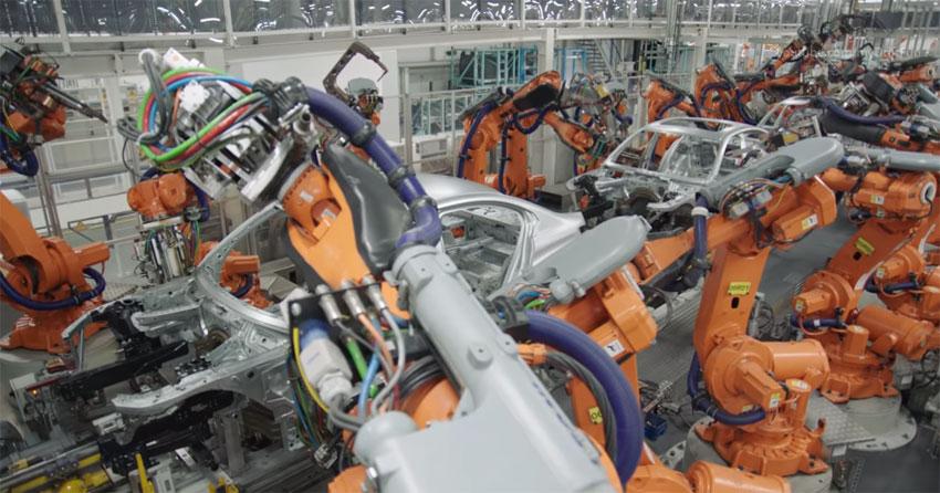 El proceso de fabricación automatizado completo de un coche