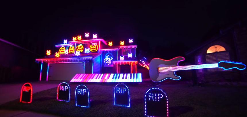 Decoración épica de Halloween para tu casa con LED y música