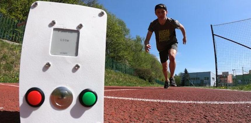 Medidor de tiempo de carrera casero para entrenar tu velocidad