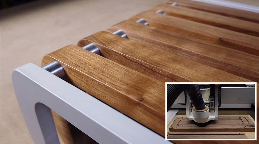 Soporte para monitor hecho de madera y aluminio con CNC