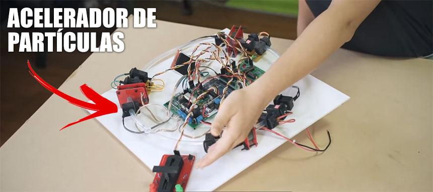 Construye tu propio acelerador de partículas con éste kit STEM basado en Arduino