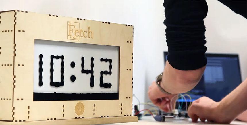 Espectacular reloj casero con Ferrofluido