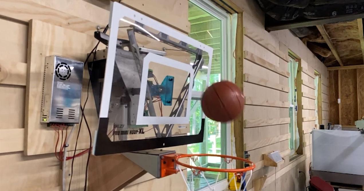 Canasta de baloncesto robotizada automática con reconocimiento facial Kinect