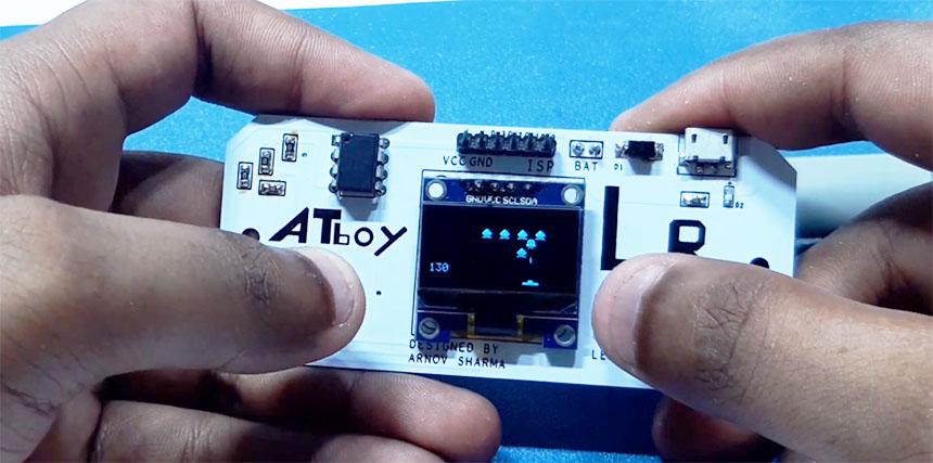Mini consola portatil retro con ATTiny85