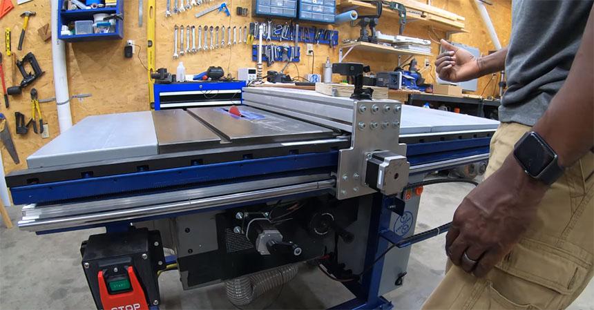 Cómo convertir una mesa de corte de madera a CNC