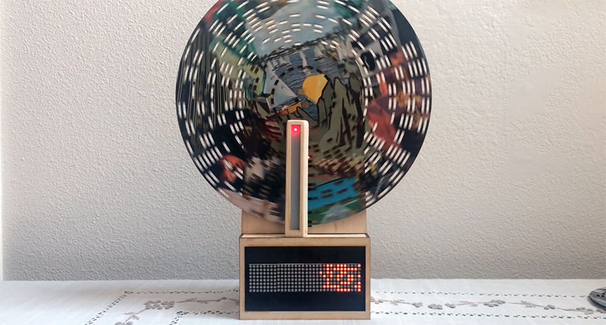 Máquina lectora de discos ópticos de madera con Arduino
