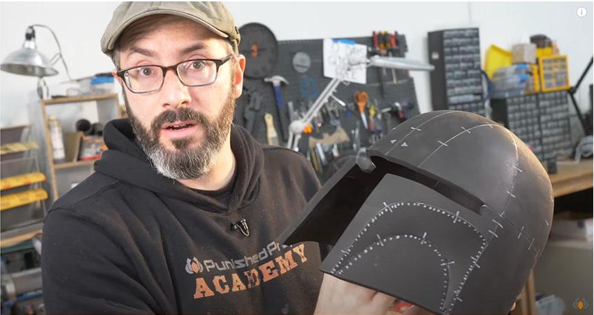 Tutorial para aprender a crear un casco de Foam para Cosplay