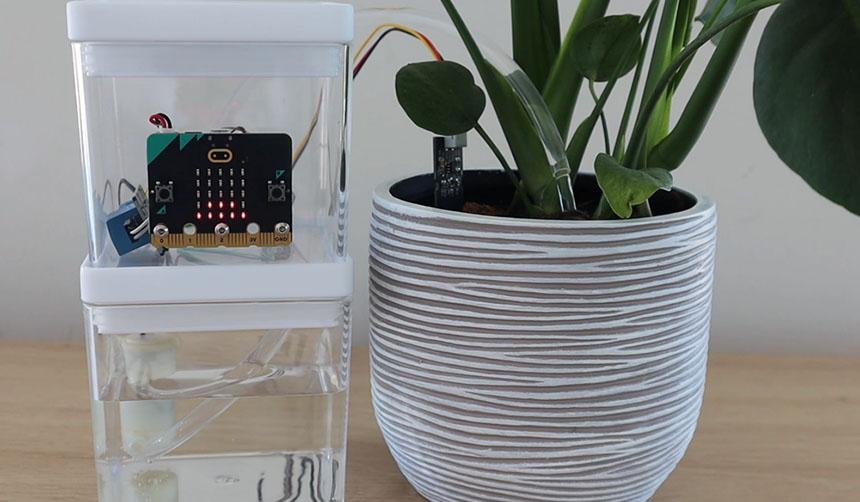 Cómo hacer un sistema de riego automático de plantas con Micro:bit